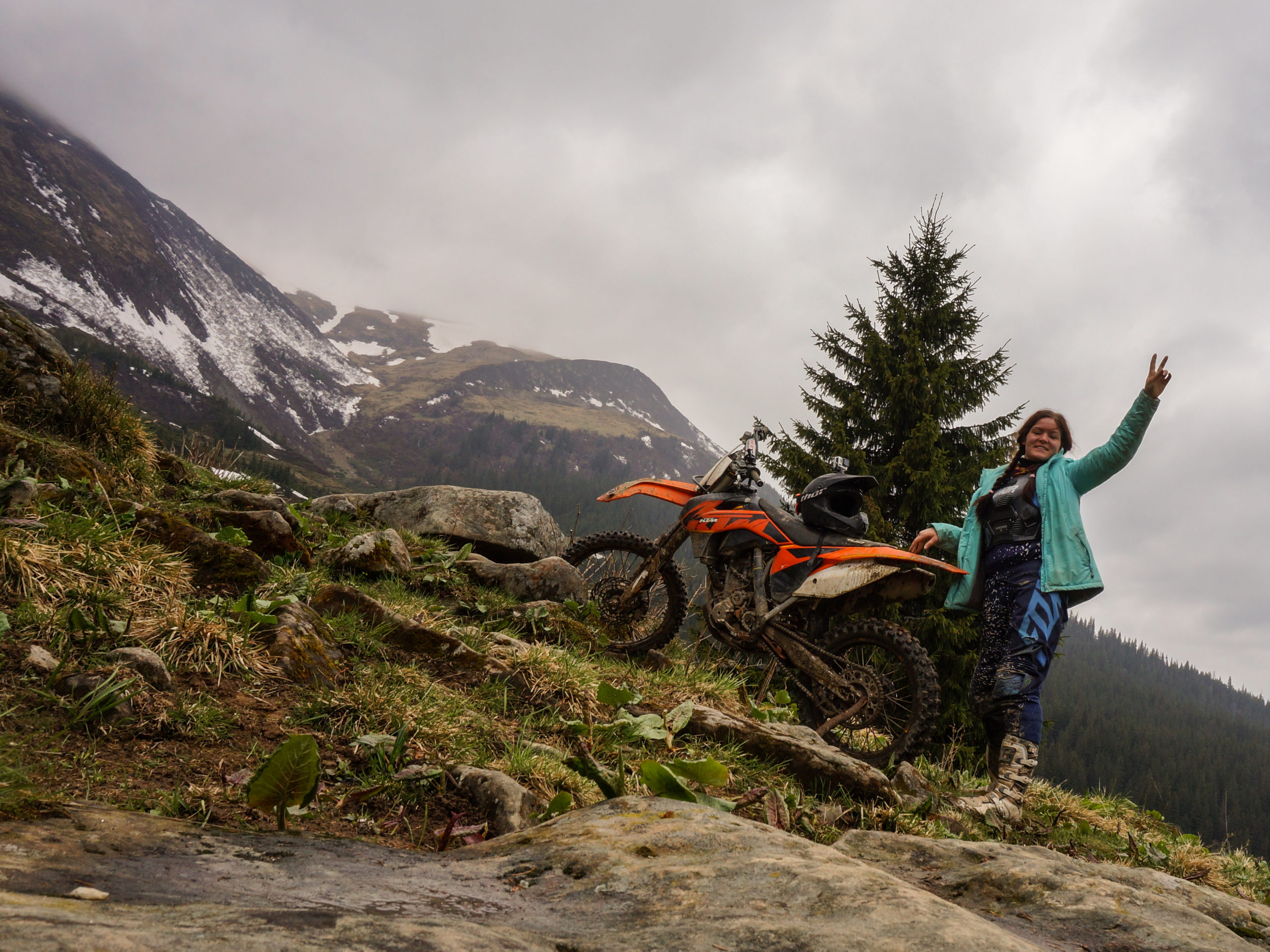 Conquering Carpathians on KTM 250. Or trying to, 2017